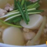 あっさりトックの鶏スープ
